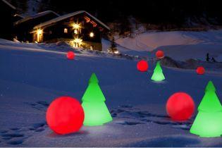 Ünnepváró dekoráció - Vezeték nélküli világító fenyőfa kinn és benn