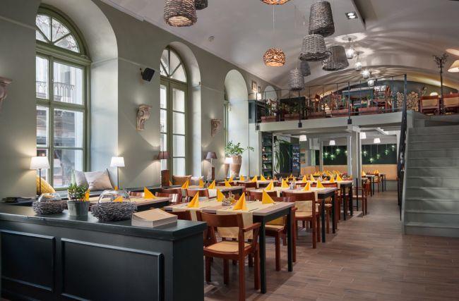 Étterem átalakítása új festett falak Farrow and Ball festekkel