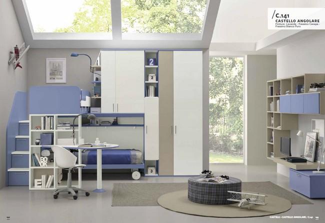 Modern elegáns kék és fehér lépcsős emeletes ágy gyerekbútor kombináció