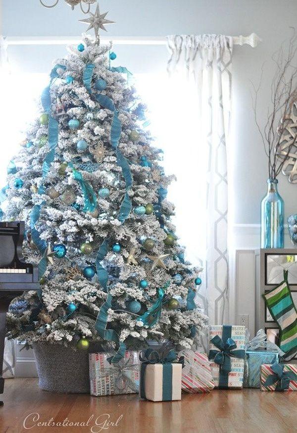 Ezüst kék és fehér karácsonyfa díszítési tippek