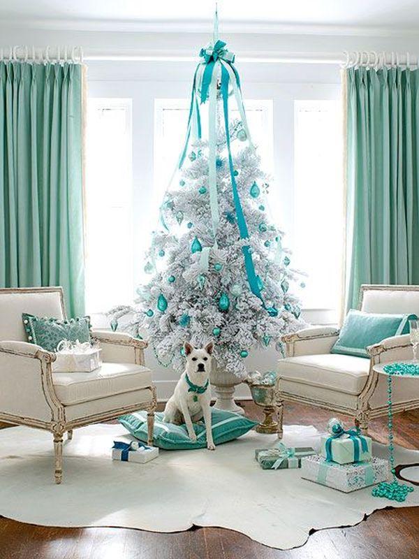 Türkiz és fehér karácsonyfa díszítés