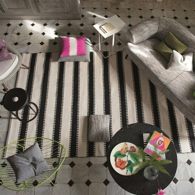 Fekete és natúr mintás szőnyeg kollekció
