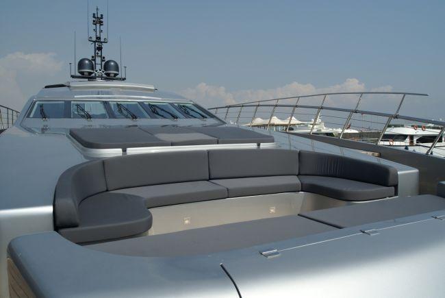 Luxus jacht napozó és lounge pad