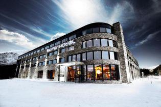 Kívül-belül palaburkolat a norvég Skifer Hotelben