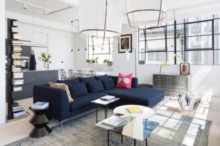 Gyárépületből kialakított színes és világos lakás Londonból