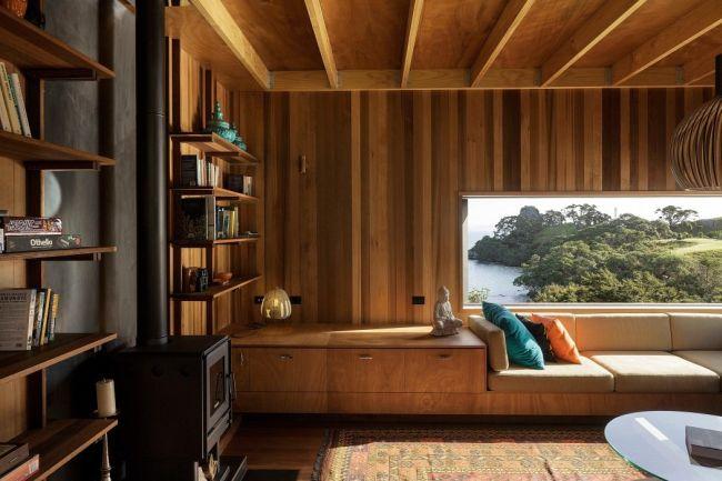 Egyedi beépített kanapé ötlet ablak alá