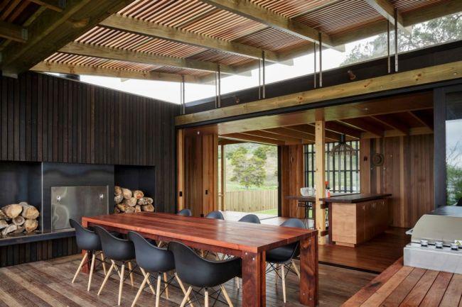 Étkező ötlet nyaralóba 8 személyes asztal Eames székek