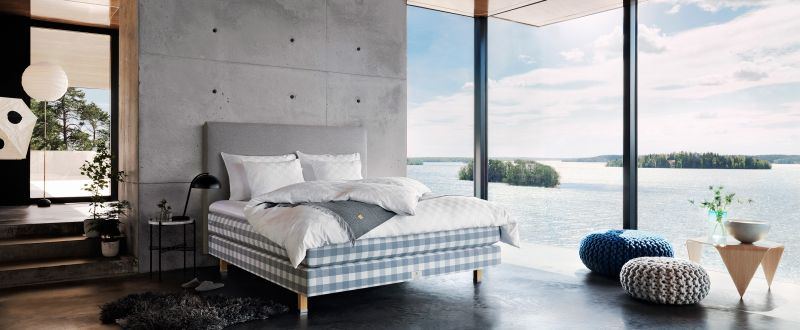 Hästens Ocean Blue luxury bed