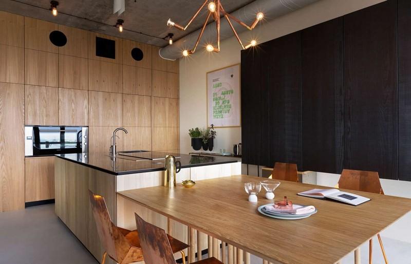 Minaiccolo konyha natúr konyhabútor és vörösréz szék