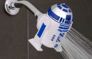 Darth Vader és R2D2 már a fürdőszobában vannak