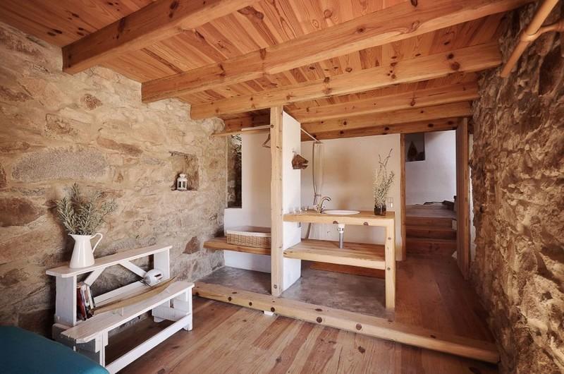 Fürdőszoba mosdópult fából