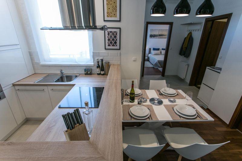 Egyedi tervezésű konyha Balogh Ágnes lakberendező
