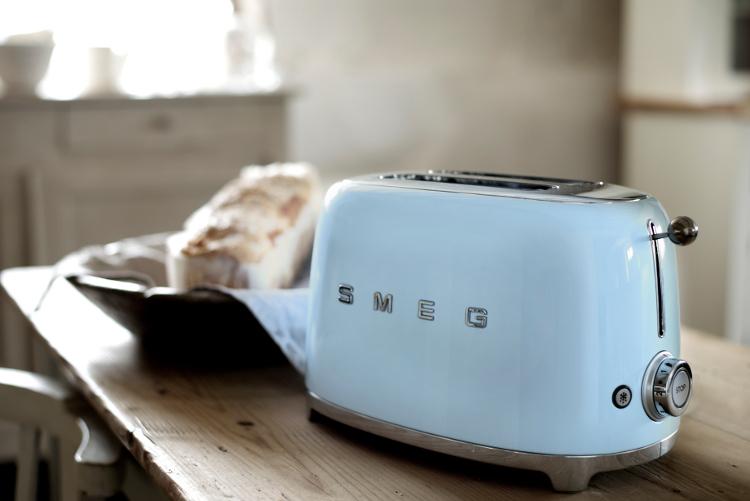 Smeg világoskék retro kenyérpirító