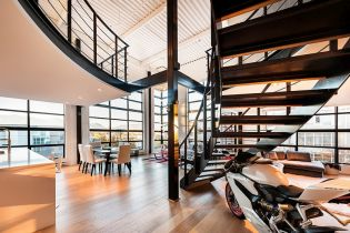Vancouveri szellős és stílusos 178 m2-es loft lakás alaprajzzal