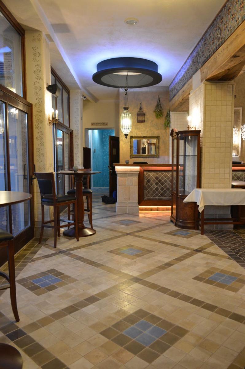 48-as étterem Kecskemét belső tér képek