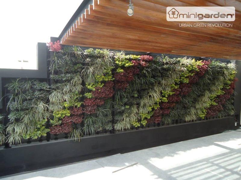 Minigarden Vertical sötét színű kaspó