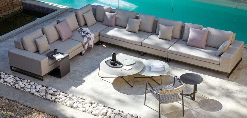 Modern kerti bútorok - sarokgarnitúra kertbe