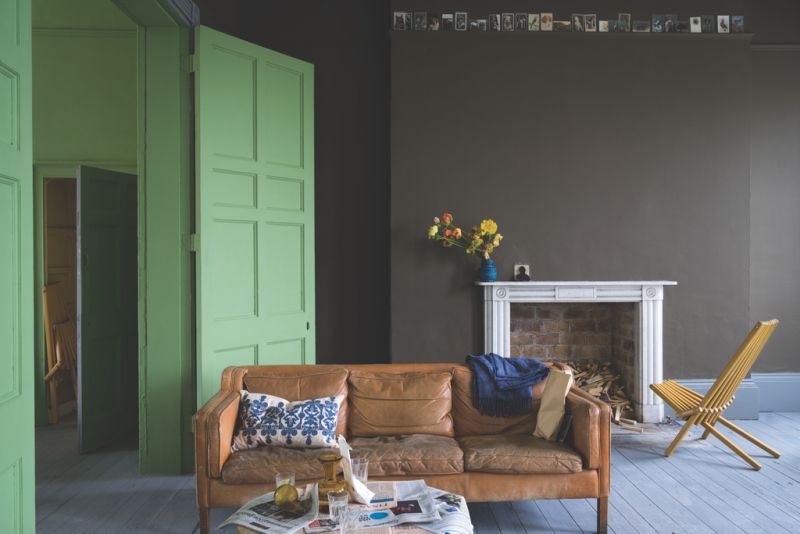 Farrow and Ball Salon Drab