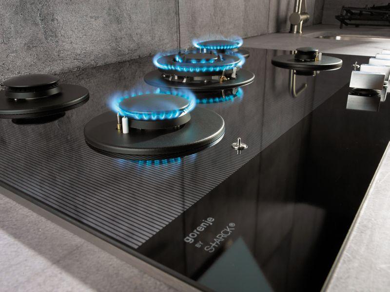 Philippe Starck tervezett minimalista konyhagép kollekciót a Gorenje felkérésére gáztűzhely