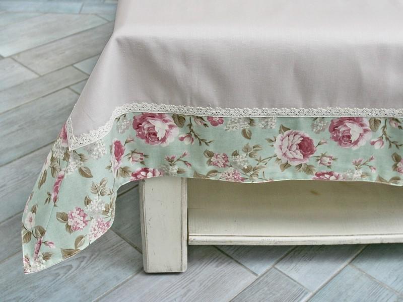 Virágos abrosz, asztalterítő