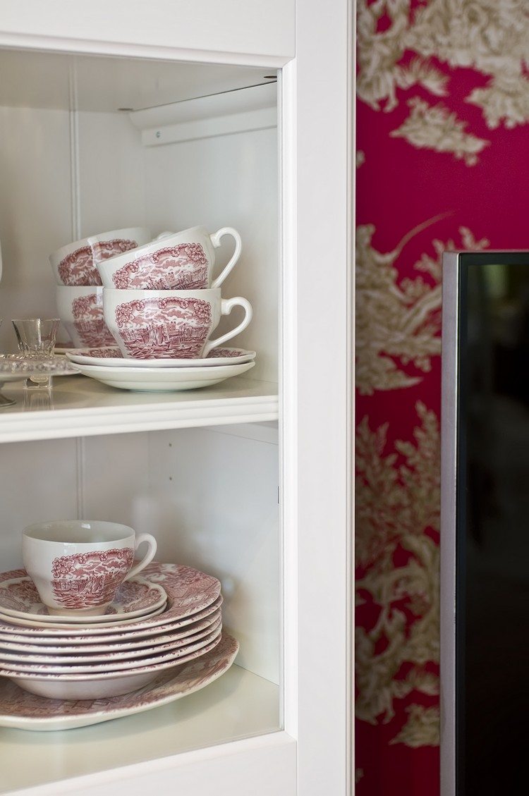 Erdélyi Krisztina lakberendező antik porcelán csésze