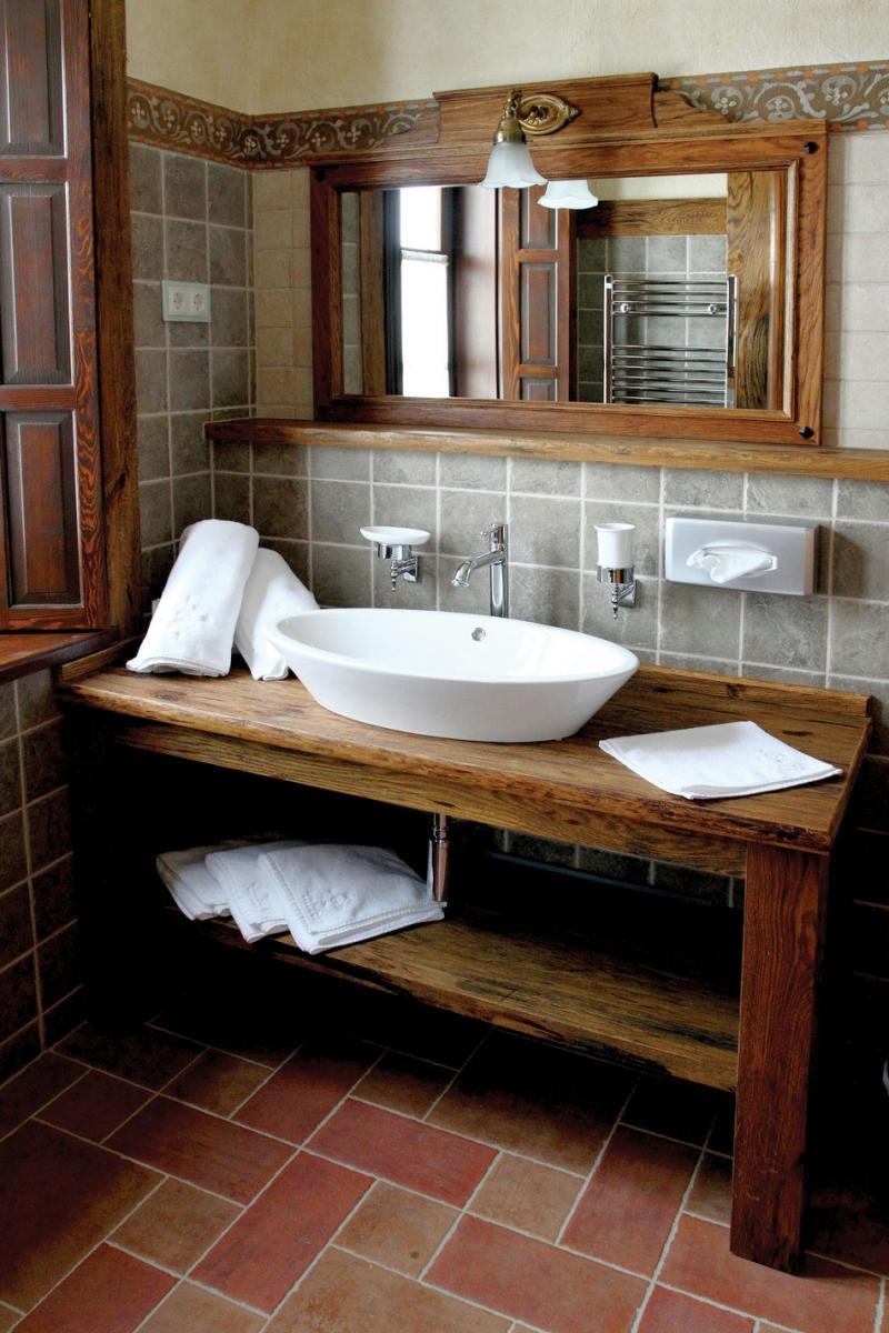 Rusztikus fürdőszobába rusztikus burkolatot!
