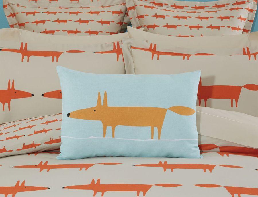 Scion Mr. Fox párnára nyomva