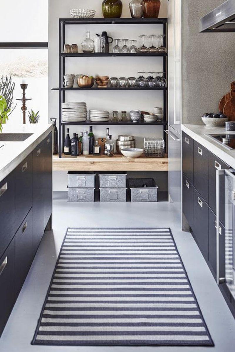 Nyitottság a konyhában - polcok és nyitott szekrények pro és kontra