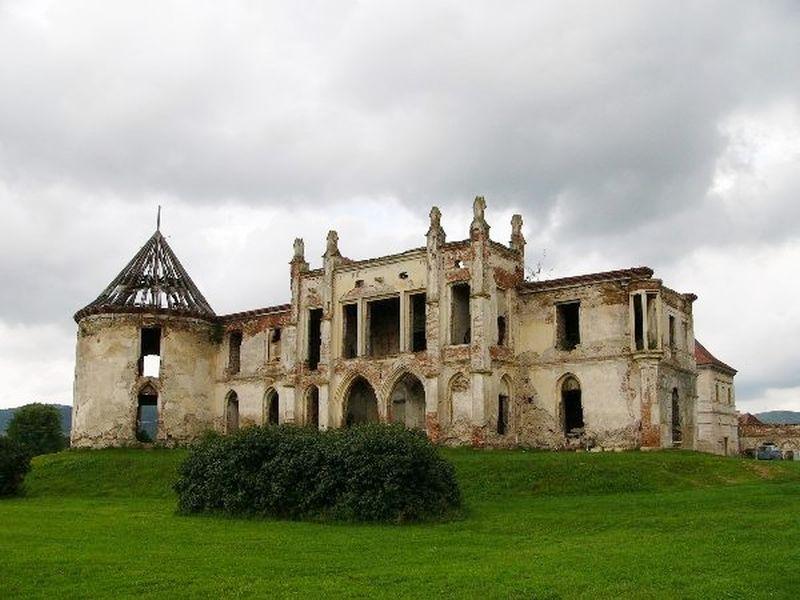 bonchidai Bánffy kastély leromlott állapotban