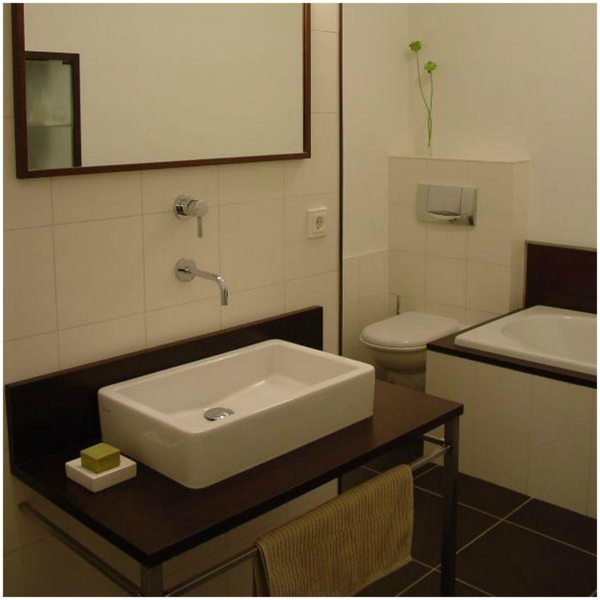 Modern minimál fürdőszoba Lókai Teréz lakberendező