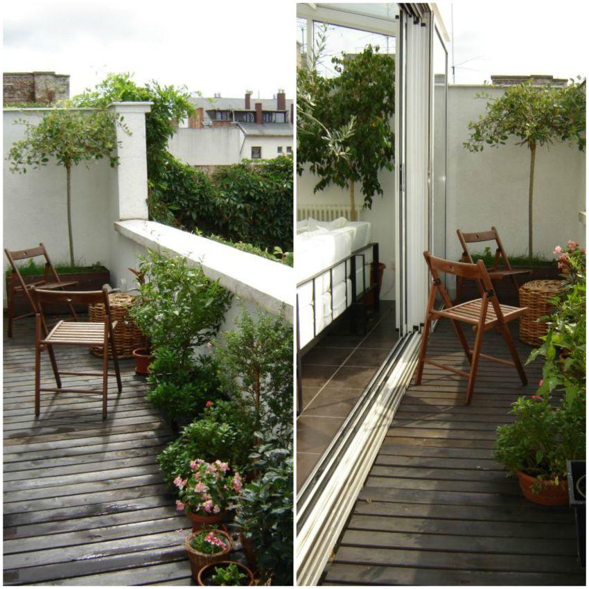 Terasz két székkel sok növénnyel Lókai Teréz lakberendező