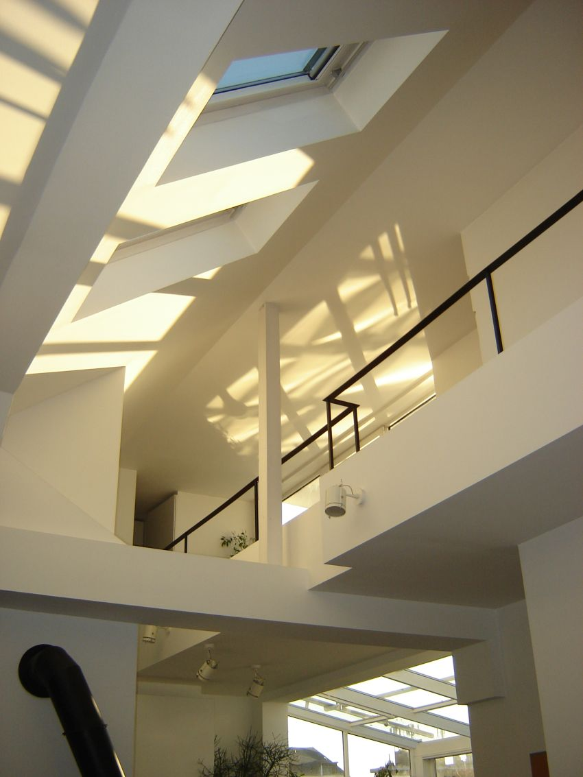 Galéria fényei tetőtérben Lókai Teréz lakberendező