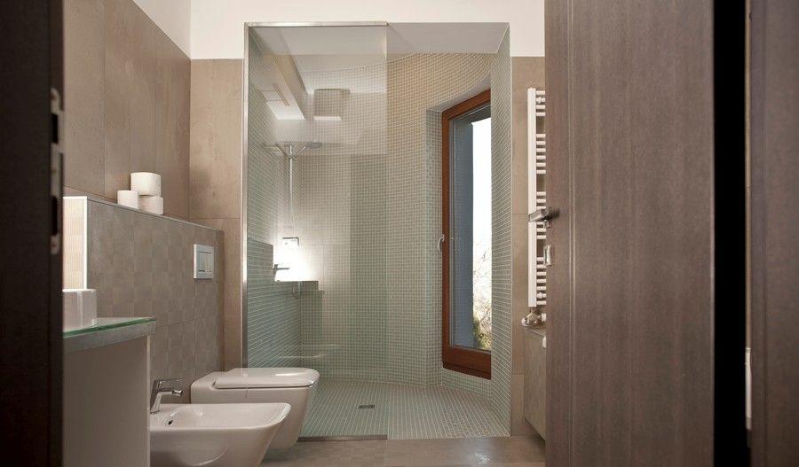 Modern fürdőszobához modern ajtó Ajtóház