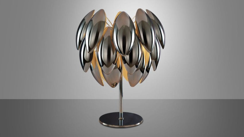 Lumiven asztali lámpa fémes csillogású