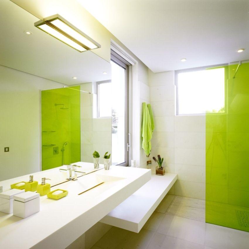 Színes fürdőszoba zuhany üvegfal
