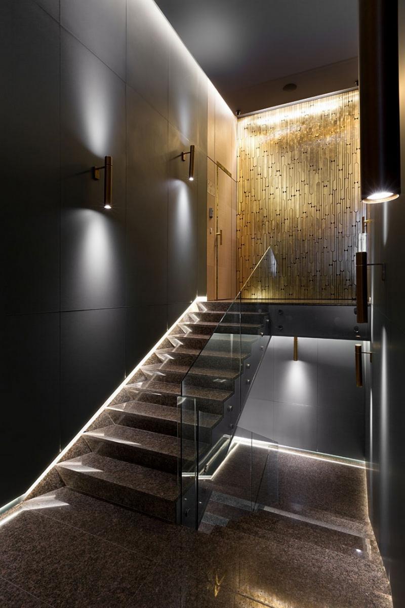 A YOD Design tervezésében luxus iroda lépcsőház