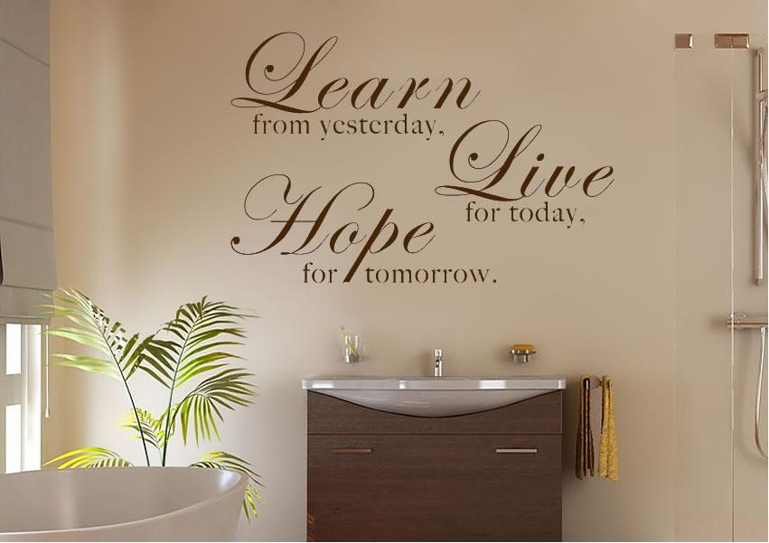 Fürdőszobai faltetoválás