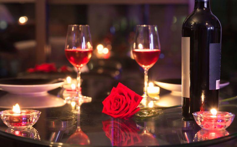 Valentin napi bor a hálószobában