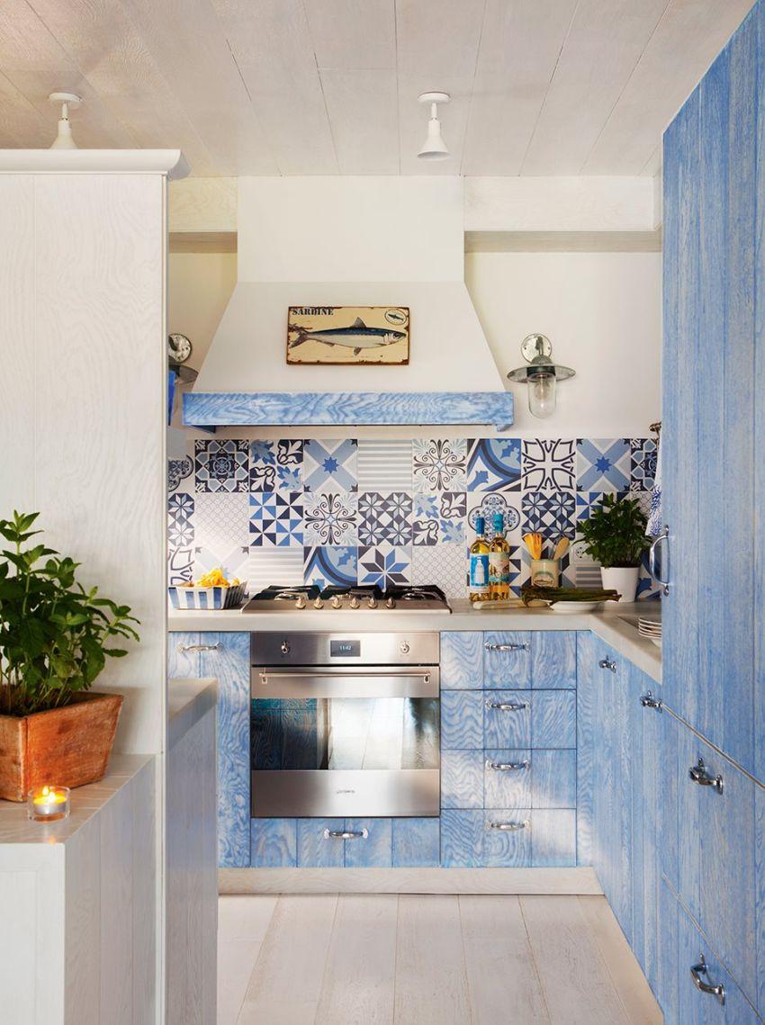 Cementlap spanyol nyaraló konyhájában