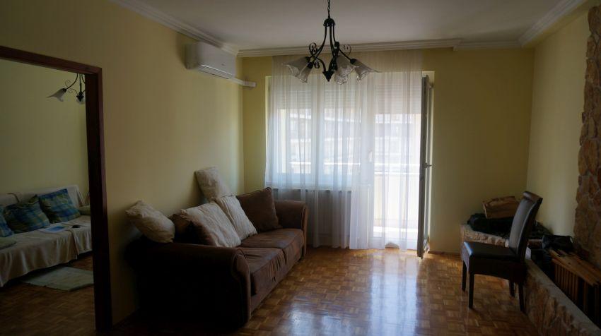 Lakberendezési átalakítás előtte állapot nappali
