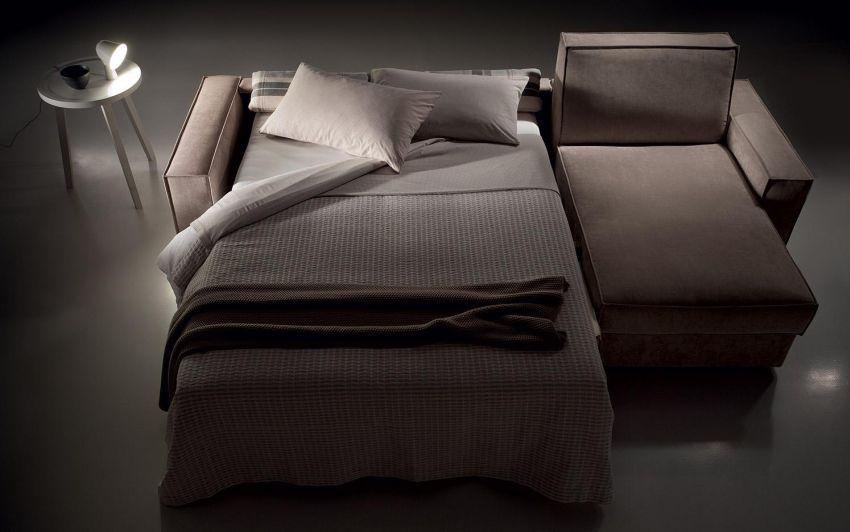 Nagy kanapéágy