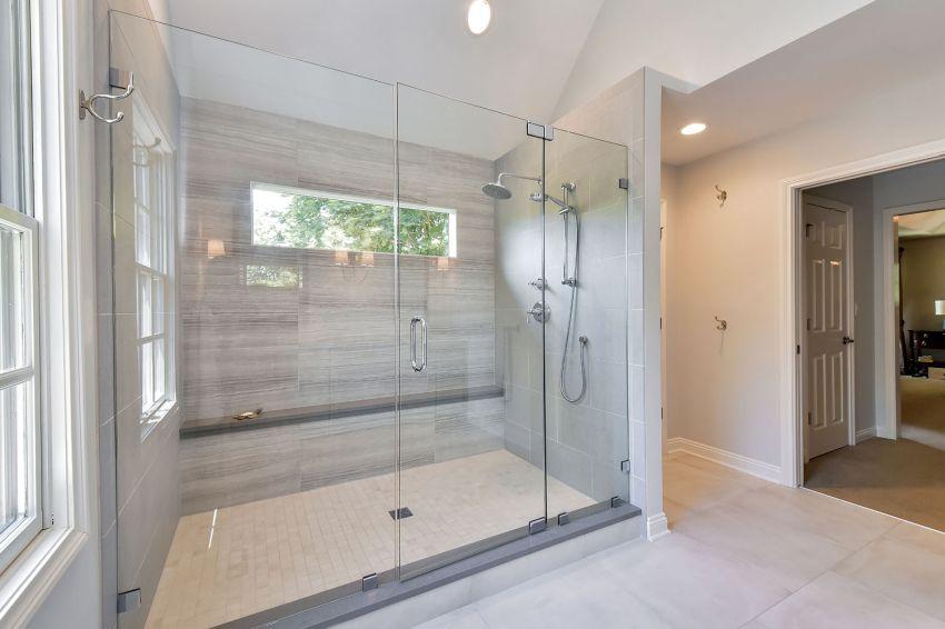 Üveg zuhanyzó ötlet