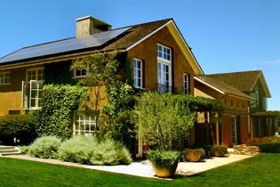 Hasznosítsa a napenergiát napelemekkel!