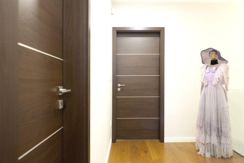 Acélbetétes furnér ajtó