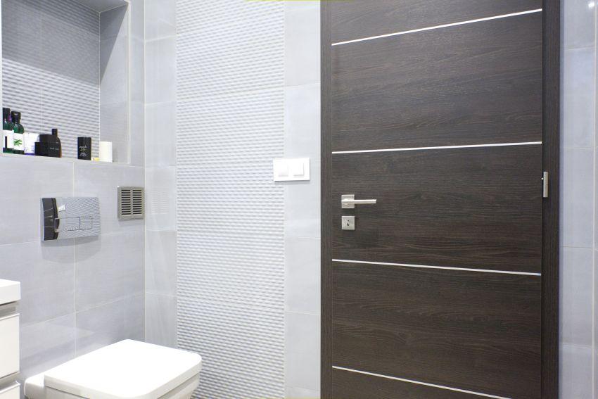 Acélbetétes fürdőszobai ajtó Lakberinfo Ajtóház
