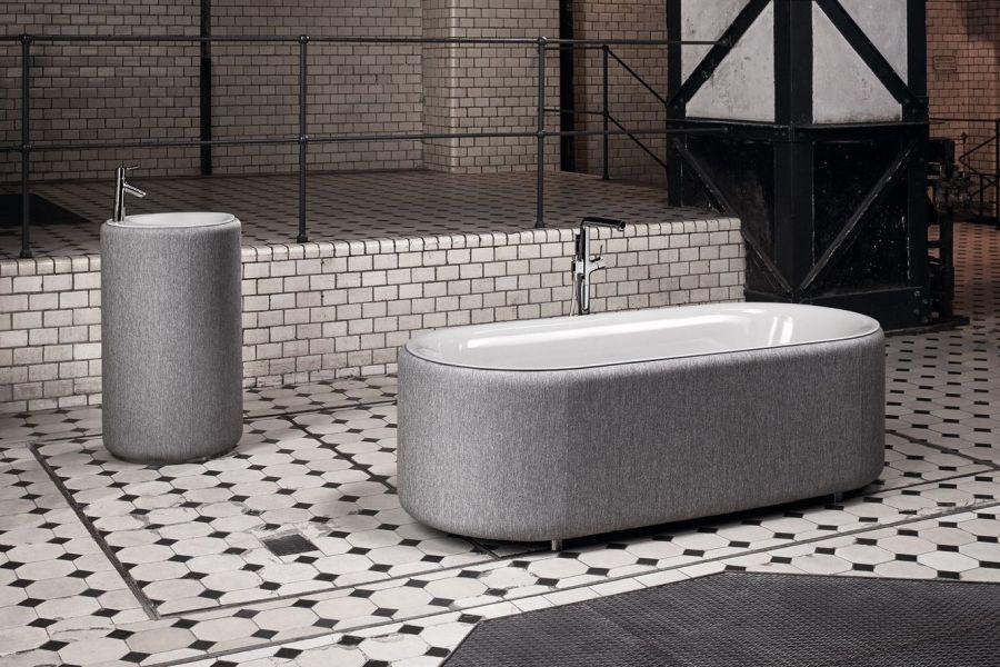 BetteLux Oval Couture fürdőkád JAB textillel kárpitozva