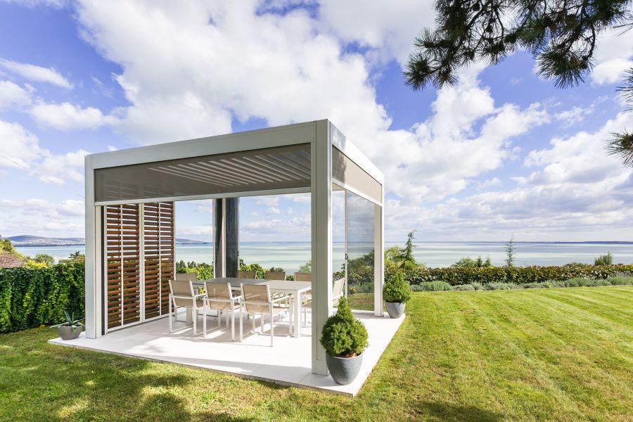 Bata Tamás fotó modern kerti pihenő