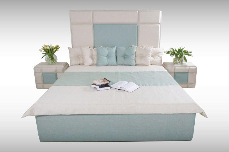 Gold Drops design ágy és éjjeliszekrény