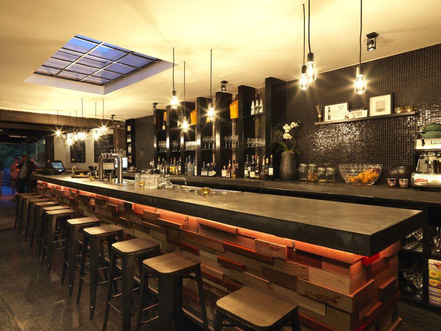 ToLEDo Retro LED-es fényforrás bárban