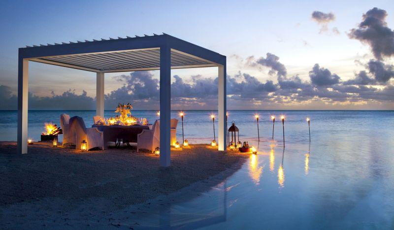Bioklimatikus pergola vízpartra akár esküvőhöz is